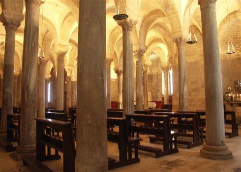 cattedrale di trani interno cattedrale di trani visioni