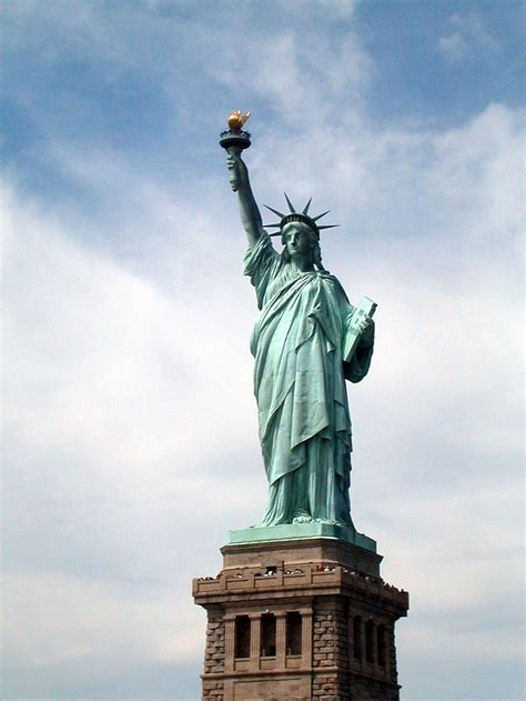 statue of liberty statue of liberty free stock photo the statue of