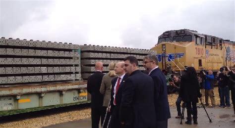 up new concrete tie facility supports u s railroads