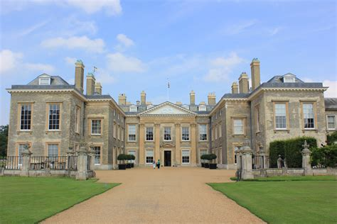 Images Of A House Althrop House Northants A House Of Jacobean Beauties