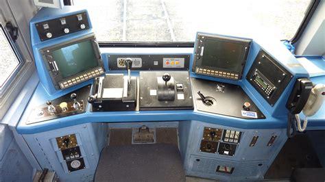 ge class  locomotive     cab