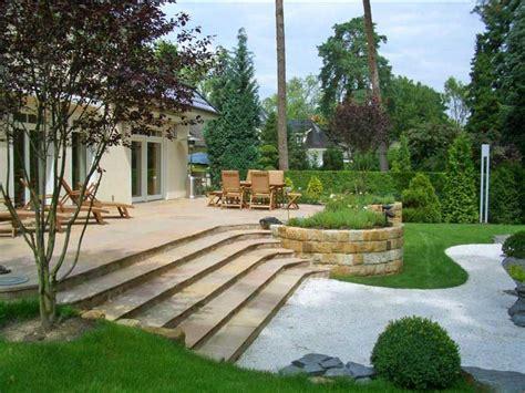 garten und terrassenmöbel terrasse mit treppe holzterrasse treppe wapdesire