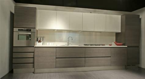 cucina in rovere grigio cucine in legno rovere grigio colombo arredamenti