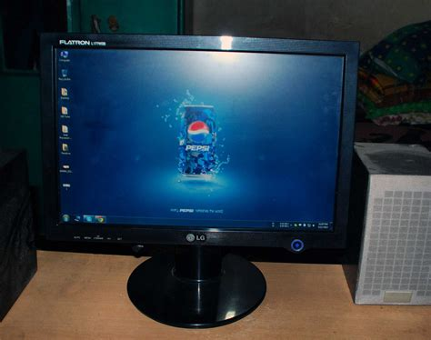Monitor Widescreen 17 inch lcd monitor lg l177wsb widescreen clickbd
