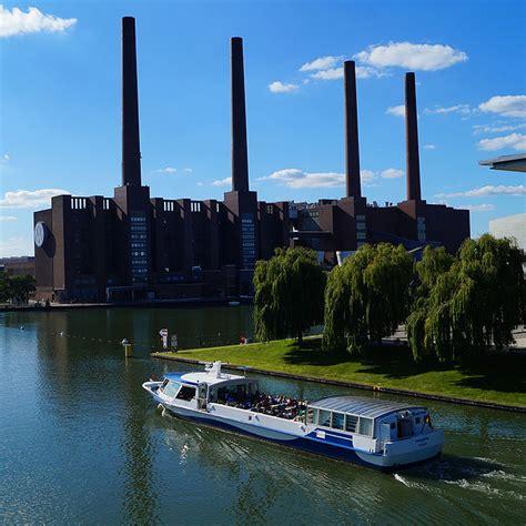 Vw Autoturm by Autostadt Wolfsburg Kirmes Perfektion Und Nagelscheren