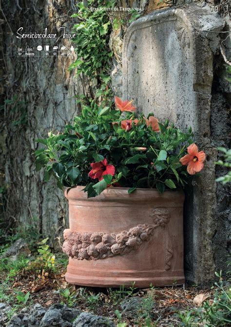 vasi a muro vasi a muro terrecotte di trequanda