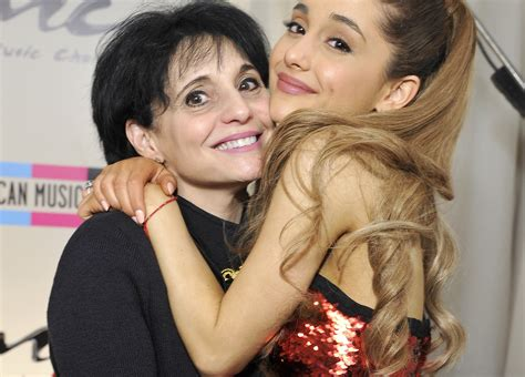 ariana grande family photos boyfriend parents siblings