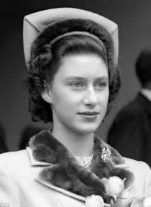 princess margaret how princess margaret roughed it with only 4 courses and no caviar daily mail online