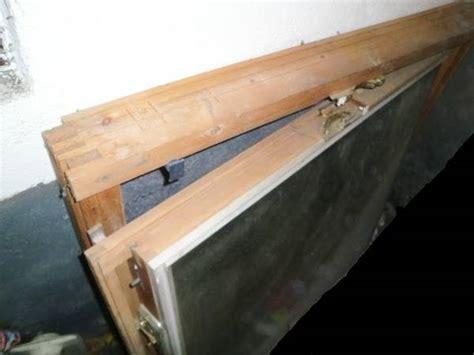 velux rahmen innen gebrauchtes velux dachfl 228 chenfenster rahmen innen kiefer