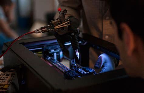 3d tattoo machine youtube three students turn makerbot 3d printer into tattoo artist