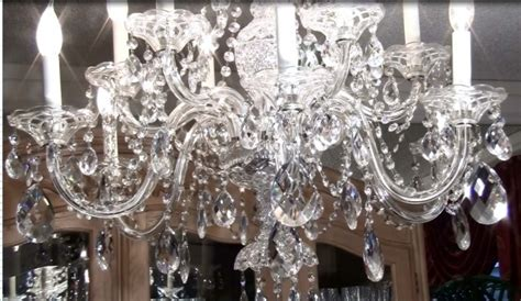 Cleaning Glass Chandeliers How To Clean Chandelier Lighting Design And Chandeliers
