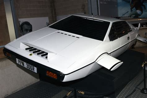 the who loved me lotus esprit file lotus esprit the who loved me front left