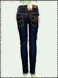 Celana Panjang Standard Levis Biru Dongker celana levi s wanita biru dongker