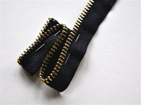 I Found A Zipper Necklace For by Zipper Necklace Tutorial 6 Workshops Ka