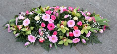 cuscino per funerale cuscino per funerale bianco e rosa fiori de berto