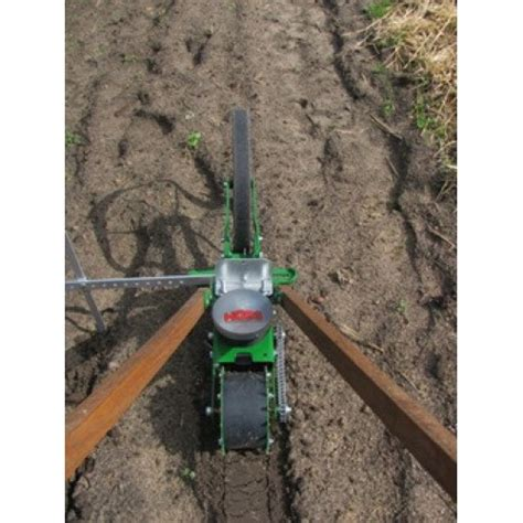 Hoss Seed Planter by Seeder