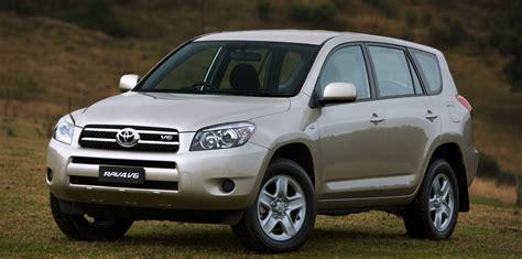 Toyota Rav4 Recall Toyota Rav4 Recalled For Rear Seat Belt Issue To
