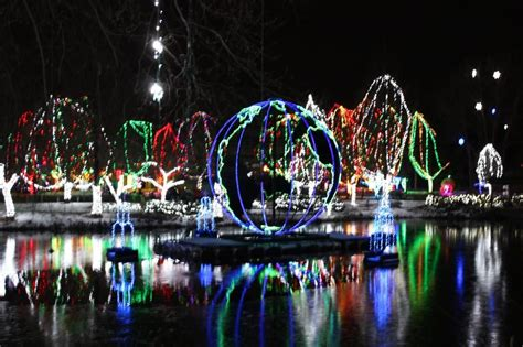 zoo lights columbus ohio columbus ohio zoo wildlights of