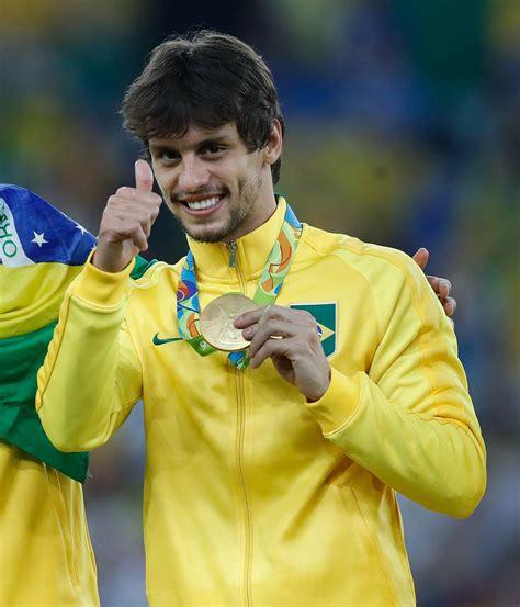 Rodrigo Caio Wiki | rodrigo caio wikipedia
