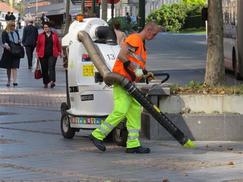 st cleaner cleaning with a vacuum graham miln