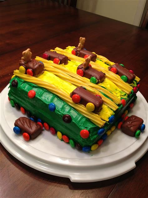 cub scouts pinewood derby cake bake food