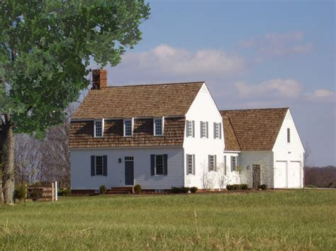 Gambrel Roofs by 20 Examples Of Homes With Gambrel Roofs Photo Examples