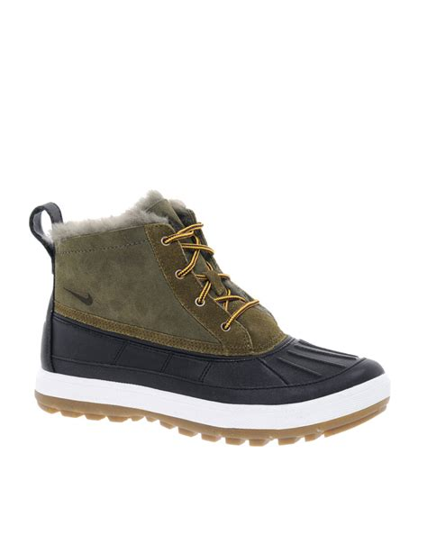nike woodside chakka lace up duck ankle boots in green