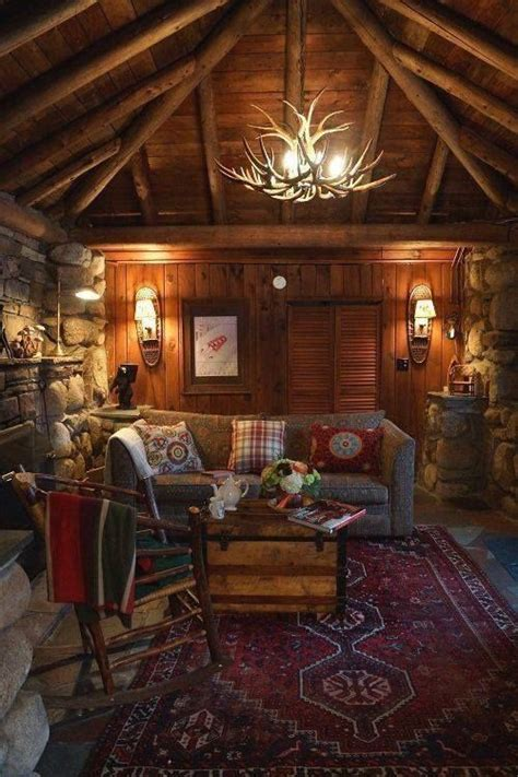 cozy cabin rustic cabin interiors pinterest vaulted western red rustic cabin living family room looks so cozy