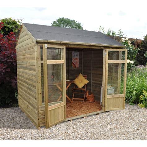 kempsford summerhouse  garden  laver uk