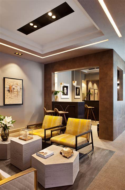 salon comedor proyectado por disak studio en casa decor