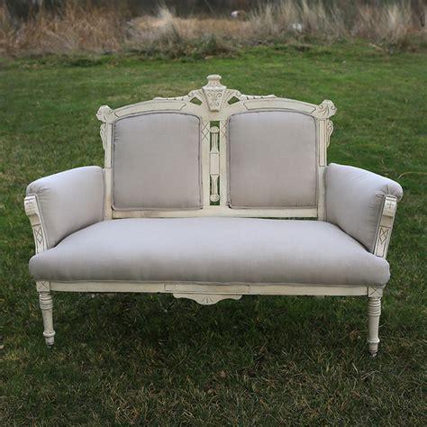 eastlake settee naples eastlake creamy settee forever vintage rentals