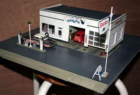 correct acrylic green paint  sinclair gas station