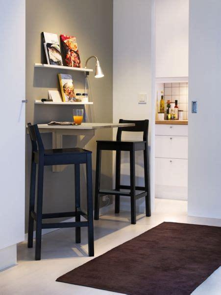 small dining quarters  problem     wall