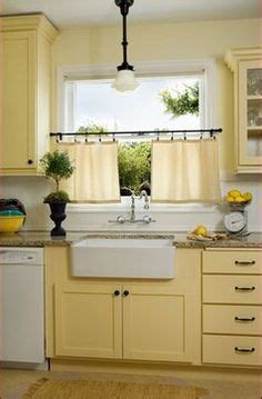 butter yellow kitchen cabinets 1000 images about blue yellow white my favorite
