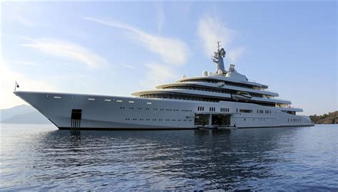 jacht van abramovich roman abramovich s yacht quot eclipse quot anchors in turkey