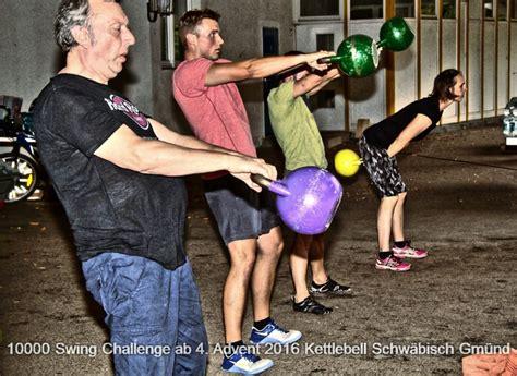 10000 kettlebell swing challenge kettlebell schw 228 bisch gm 252 nd kettlebells running