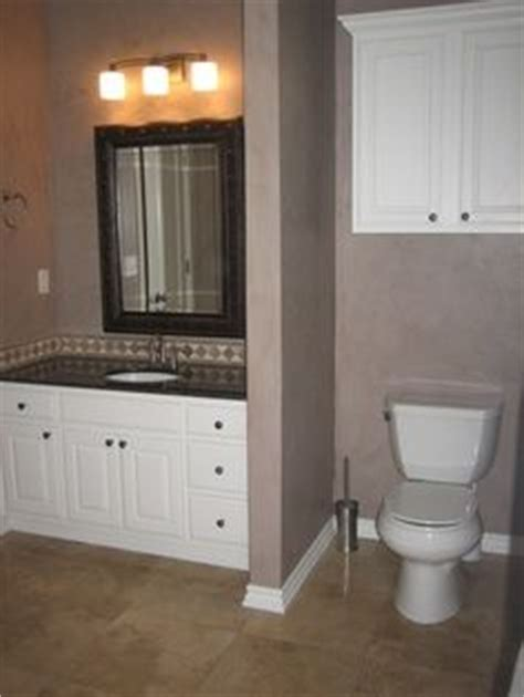 privacy wall for bedroom toilets master bedrooms and privacy walls on pinterest