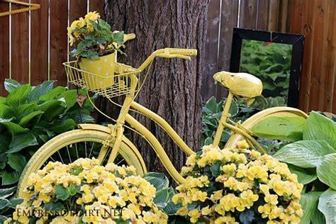 Creative Garden Art with Wheels   Empress of Dirt