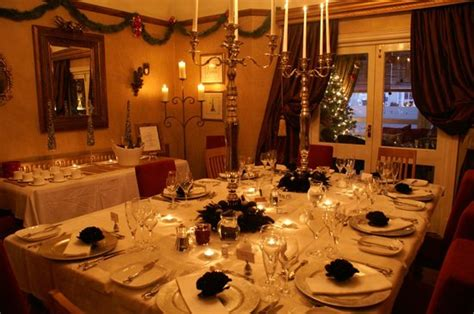 the ambassador dining room dining room fireplace mantel picture of the ambassador townhouse southport tripadvisor