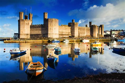 Journal Hacks 15 fairytale castles you must see in wales hand luggage