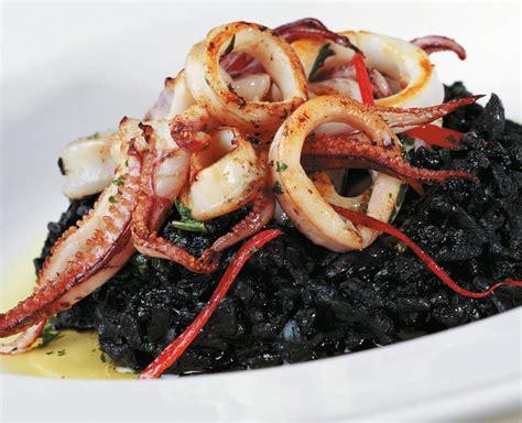 cucinare il riso nero risotto al nero di seppia cucina