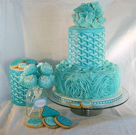 Dress Aqua Biru 25 best ideas about aqua wedding cakes on