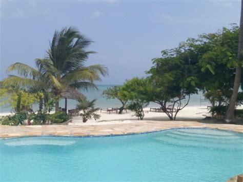 soggiorno a zanzibar villa de coco volo soggiorno a zanzibar spiaggia di