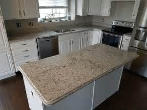 kitchens with quartz countertops pictures of hostyhi