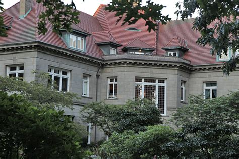 haunted houses in portland quot portland hauntings pittock mansion museum