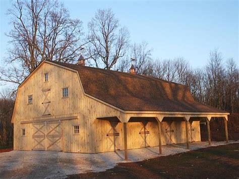 hip roof barn hip roof barn photos