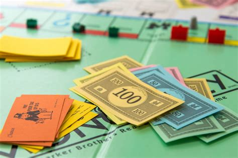 can you sell houses in monopoly five monopoly strategies that can be applied to real life
