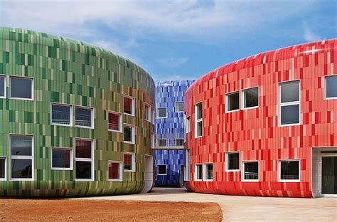 ufficio pra trieste sustainable construction with ceramic tiles articles
