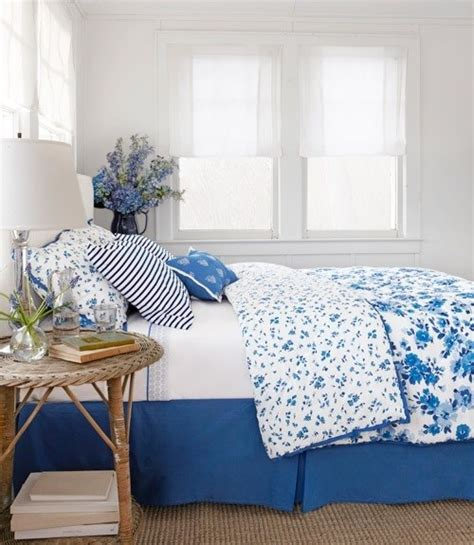 blue and white cottage decorating interior design ideas