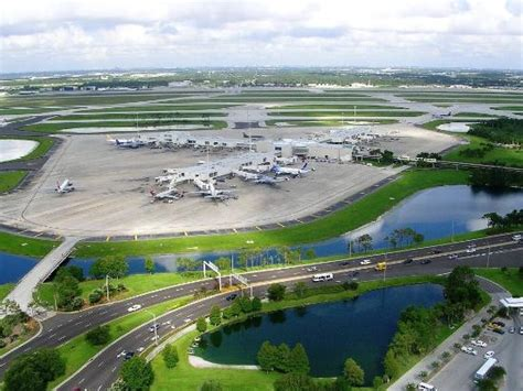 Car Service From Orlando Airport To Port Canaveral by Orlando Airport To Port Canaveral Transportation Picture Of Orlando City Limousine Orlando